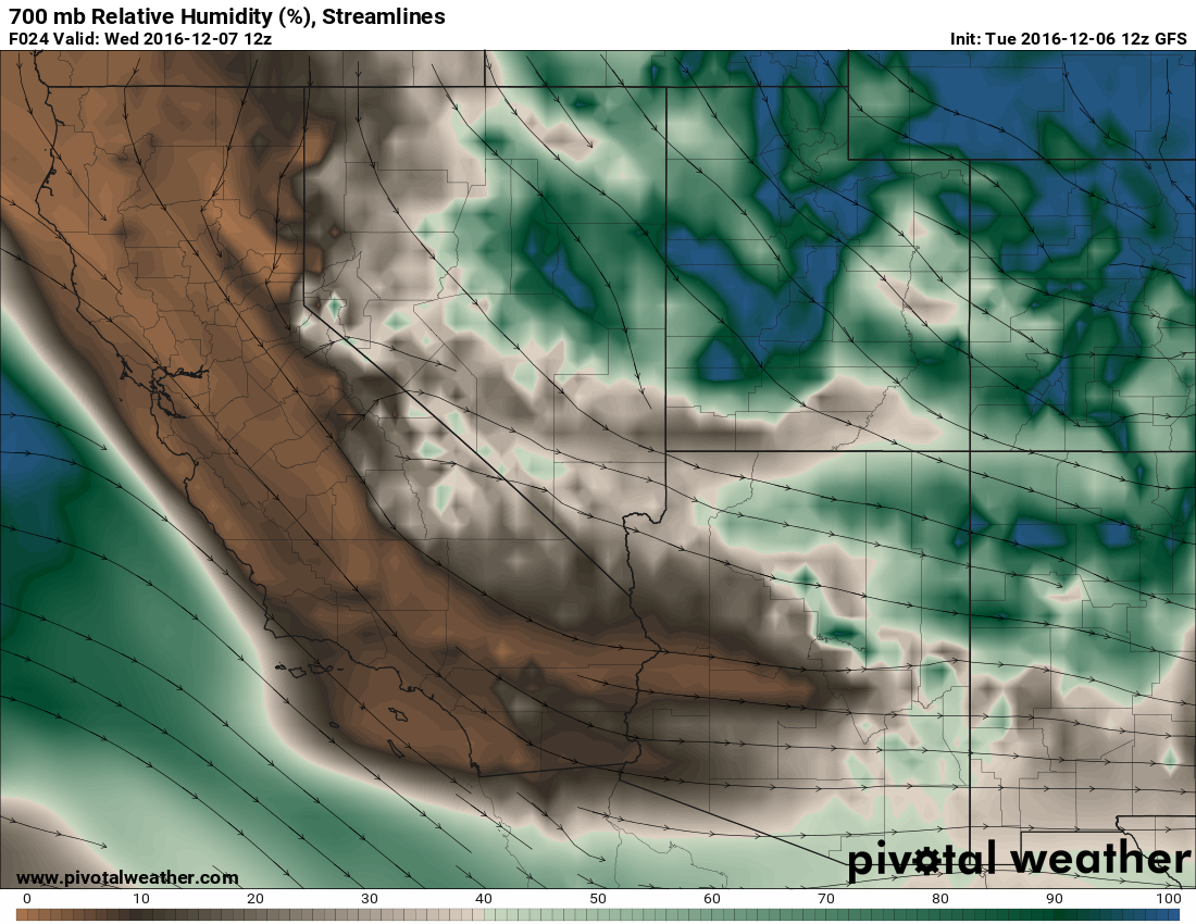 700 mb Relative Humidity and streamlines.  Image: Pivotal Weather